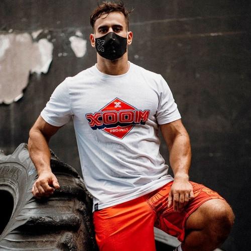 Entrenando con la Camiseta CrossFitness XoomProject